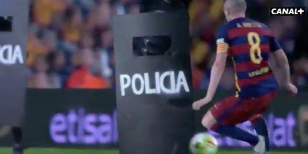 'Canal+' ironiza sobre las cargas policiales del 1-O y se burla de