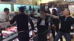Metallica entra en un supermercado y acaba cantando 'Enter Sandman' con el