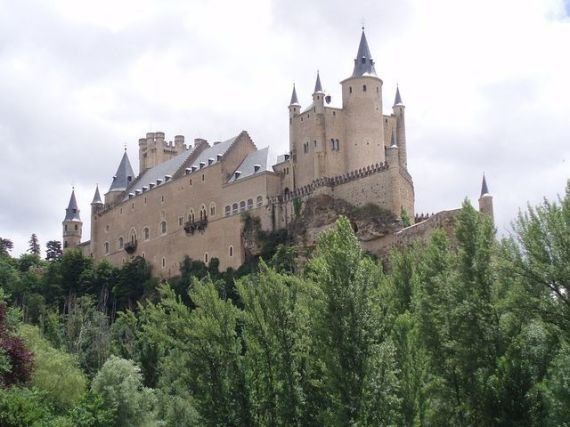 'The Telegraph' recomienda a los británicos visitar Segovia y