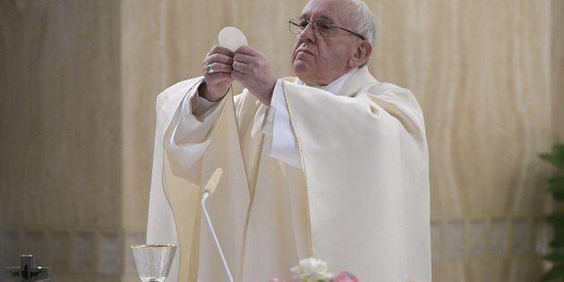 Papa pide el