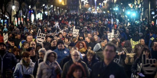Miles de personas piden en Bilbao el acercamiento de presos de