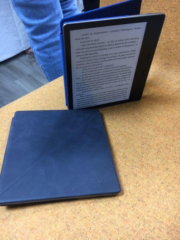 Kindle Oasis se reinventa: ahora es resistente al agua y 6 novedades