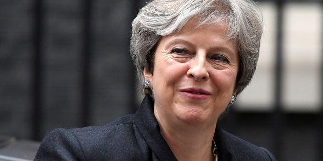 La 'premier' británica Theresa May, a su llegada al 10 de Downing Street, Londres, este