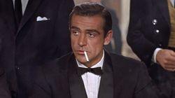 James Bond dejó de fumar en 2002 pero sólo hay una película suya sin