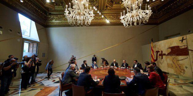 Vista general de la reunión semanal del gobierno