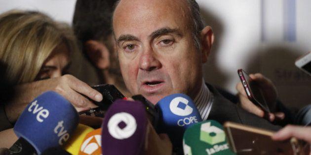 Bruselas enmienda la plana a España y asegura que incumplirá el objetivo de