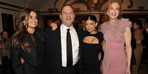 La actriz Penelope Cruz junto al productor Harvey Weinstein, la actriz y cantante 'Fergie' y la también...