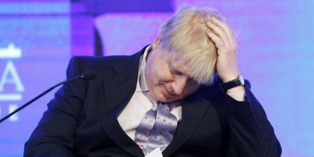 Boris Johnson compara a Hollande con un carcelero