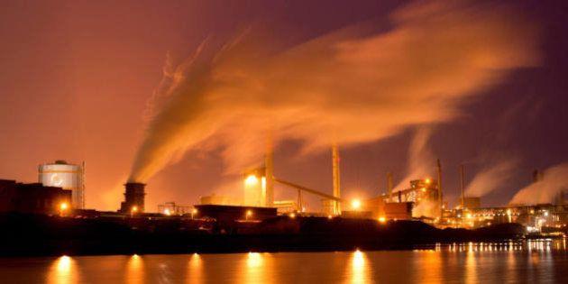 García Tejerina anuncia una estrategia para descarbonizar la economía en