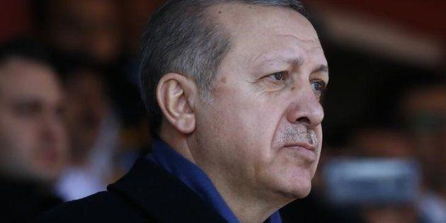 Recep Tayyip Erdogan, durante la ceremonia que recordaba el 102º aniversario de la batalla de Galípoli,...