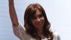 El juez abre juicio oral contra la expresidenta de Argentina Cristina Fernández por