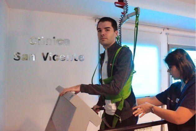 'Chino', líder de Supersubmarina, se recupera en la Clínica San Vicente de