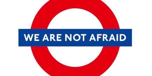 #NoTenemosMiedo: el metro de Londres se llena de emotivos mensajes contra el