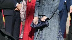 La reina Letizia apuesta por la sencillez y la elegancia en el desfile de la
