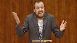 La camiseta con la que un diputado de Podemos pidió cambiar el nombre al Hospital Infanta