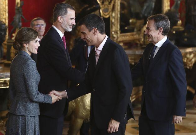 Las claves de la semana: Cuando el PSOE está y se le