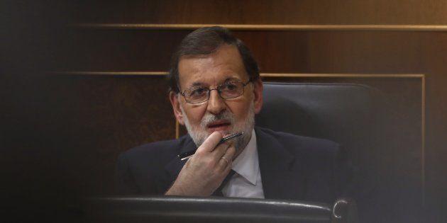 Lo que Rajoy dice y lo que no dice a