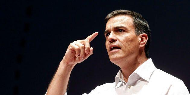Pedro Sánchez, anoche durante una intervención con militantes del PSOE en Las