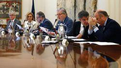El Gobierno reduce tres décimas el crecimiento para 2018 por la situación en