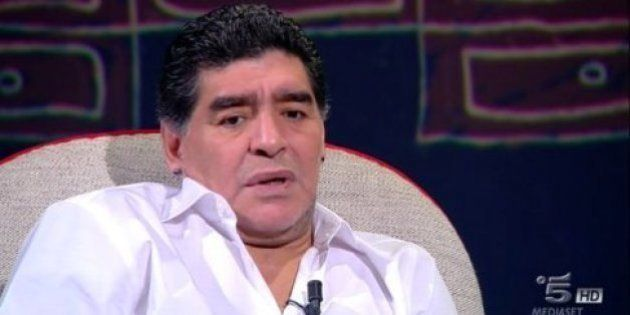 Maradona revela que consumió cocaína por primera vez en Barcelona con 24