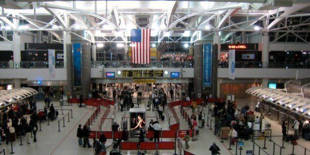 Varios refugiados detenidos en aeropuertos de EEUU tras la orden de