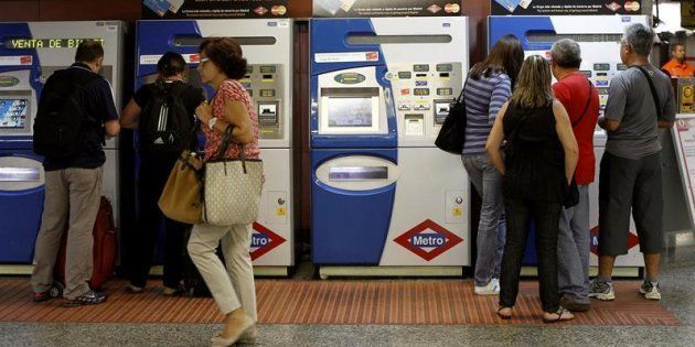 Metro de Madrid elimina las taquillas para comprar billetes el 1 de