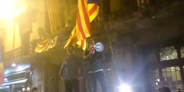 Un vídeo muestra cómo Cuixart y Sànchez intentaron disolver la manifestación de