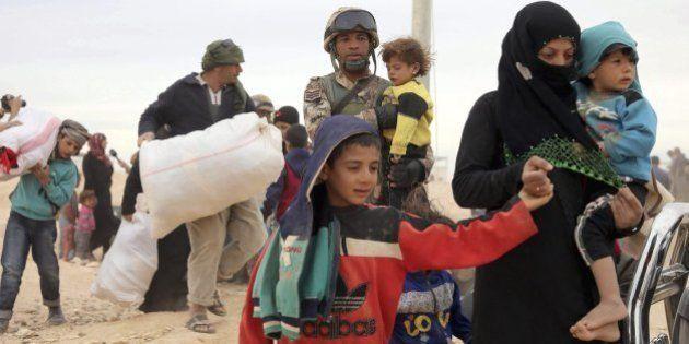 De los 17.387 refugiados que España se comprometió a acoger en 2015, sólo han llegado