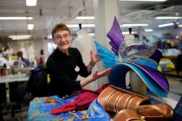 Suzan Surrel es la responsable de creación de los talleres de costura de Disneyland