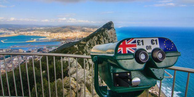 El Peñón de Gibraltar, desde uno de los miradores de la colonia