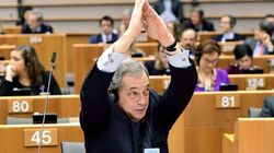 El épico troleo a Farage en el Parlamento