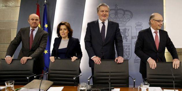 El ministro de Economía, la vicepresidenta del Gobierno, el portavoz y el titular de Hacienda en rueda...