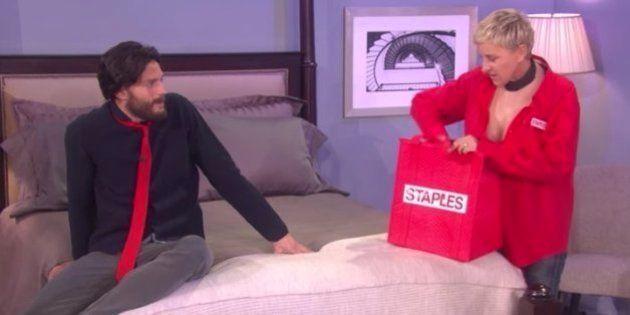 El erótico (y gracioso) momento del protagonista de 'Cincuenta sombras' con Ellen