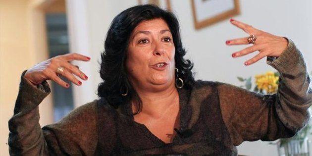 Almudena Grandes culpa a la izquierda de regalar España a la derecha por confundir