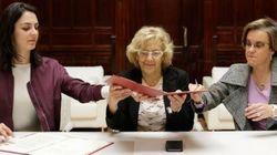 Carmena logra el apoyo del PSOE a sus