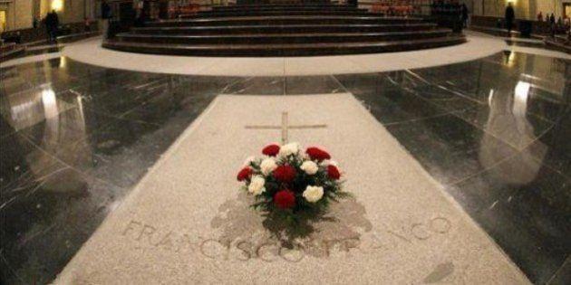 El PSOE pide que los restos de Franco sean exhumados