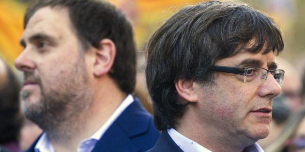 El presidente de la Generalitat, Carles Puigdemont, junto al vicepresidente Oriol