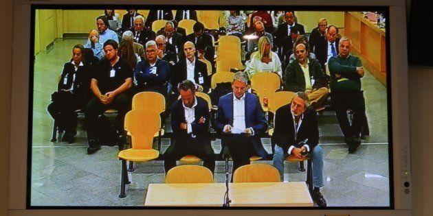 Vista de un monitor de la sala de prensa de la Audiencia Nacional donde las fiscales emiten hoy su informe...