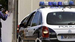 Detenido un hombre por tirotear a su vecino en una furgoneta en