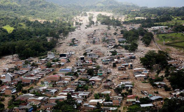Vista aérea de un barrio afectado en Mocoa, tomada el martes 4 de