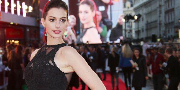 Anne Hathaway admite que se arrepiente de hacer subido a Instagram una foto de su