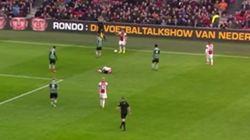 Polémica en Holanda por este feo gesto del jugador del Ajax