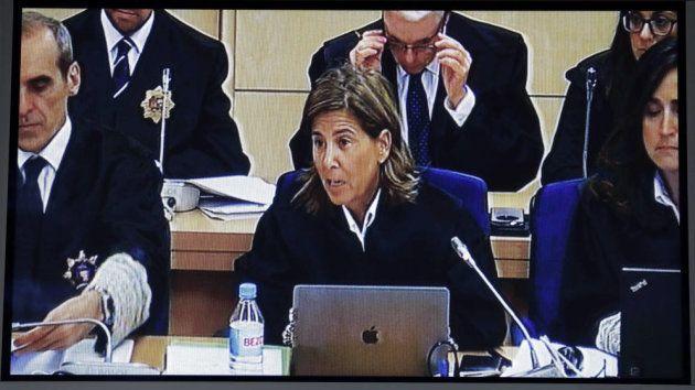 La fiscal anticorrupción Concepción Sabadell, en mitad de una de sus intervenciones en el