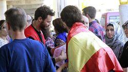 Llegan a España 66 refugiados procedentes de