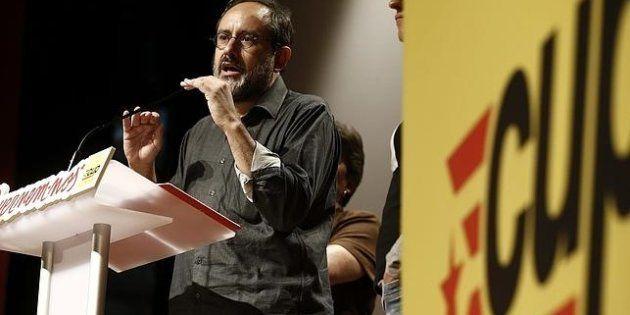 Bromas por la foto de Puigdemont que Antonio Baños (CUP) ha puesto en su perfil de