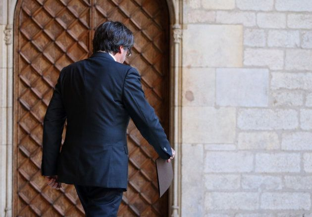 Puigdemont descarta convocar elecciones y deja en manos del Parlament la respuesta al