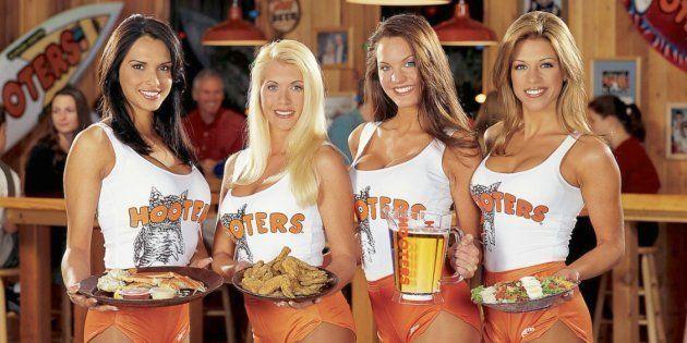 Imagen promocional de Hooters en