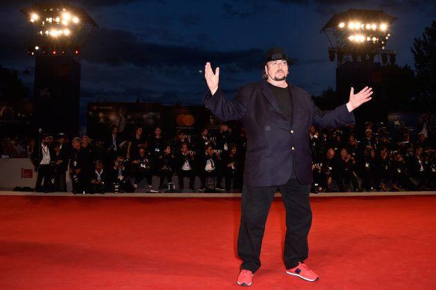 James Toback, sobre la alfombra roja del Festival de Venecia el 3 de septiembre de