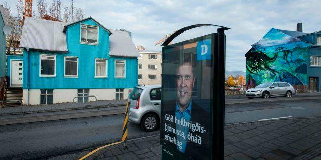 Un cartel electoral en las calles de