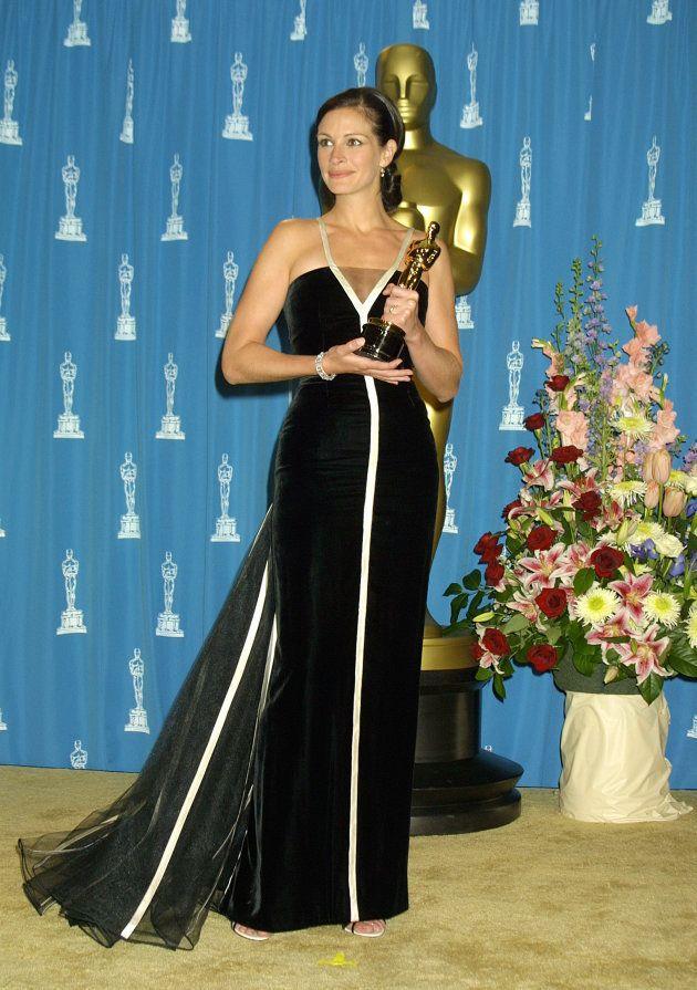 Julia Roberts tras ganar el Oscar a la Mejor actriz por 'Erin Brockovich' en